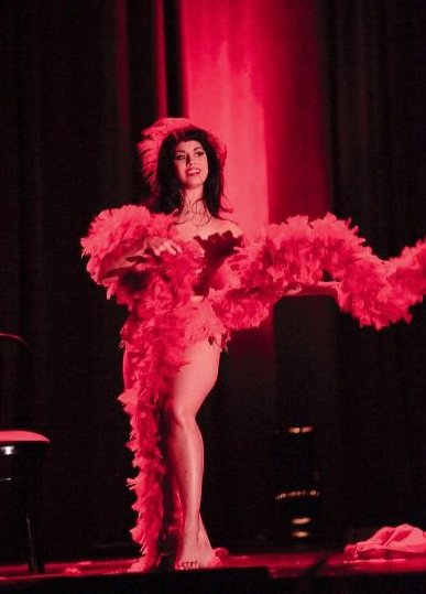 The New York School of Burlesque   Visiting Instructor Coco Lectric bb3d6fcd2